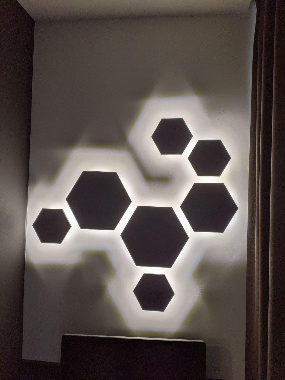 Современное оформление квартиры с использованием моделей светильников из разных коллекций