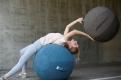 Фитнес мяч-кресло VLUV STOV Fabric Seating Ball 65cm Anthracite 2